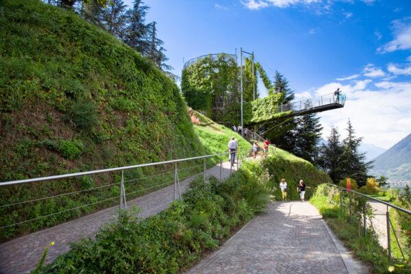 Sentiero panoramico verso la Voliera di Castel Trauttmansdorff