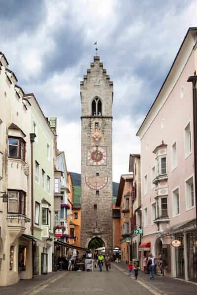 Torre delle Dodici di Vipiteno vista da Città Nuova