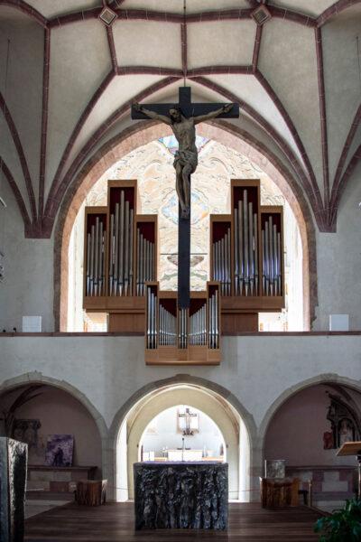 Altare della chiesa dei Domenicani e Organo