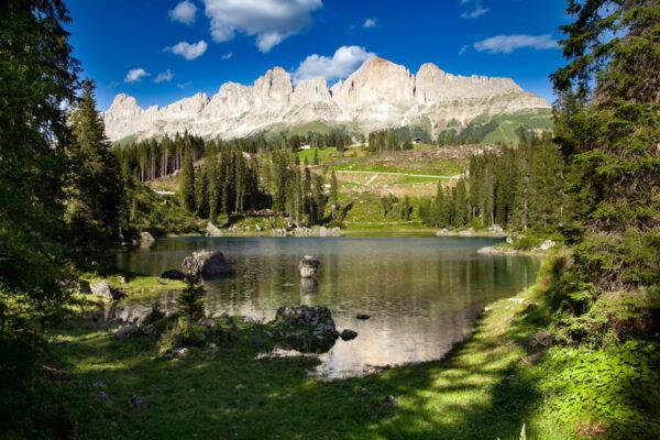 Lago Alpino alimentato da sorgente interna