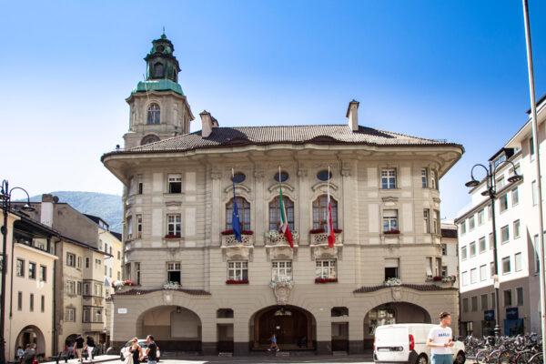 Municipio di Bolzano novecentesco