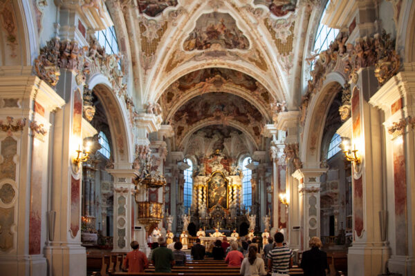 Navate interne della Basilica di Santa Maria Assunta di Novacella