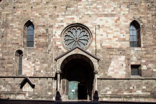 Portale romanico del duomo di Bolzano