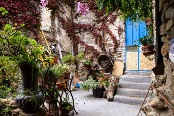 Bussana Vecchia - borgo degli Artisti in Liguria